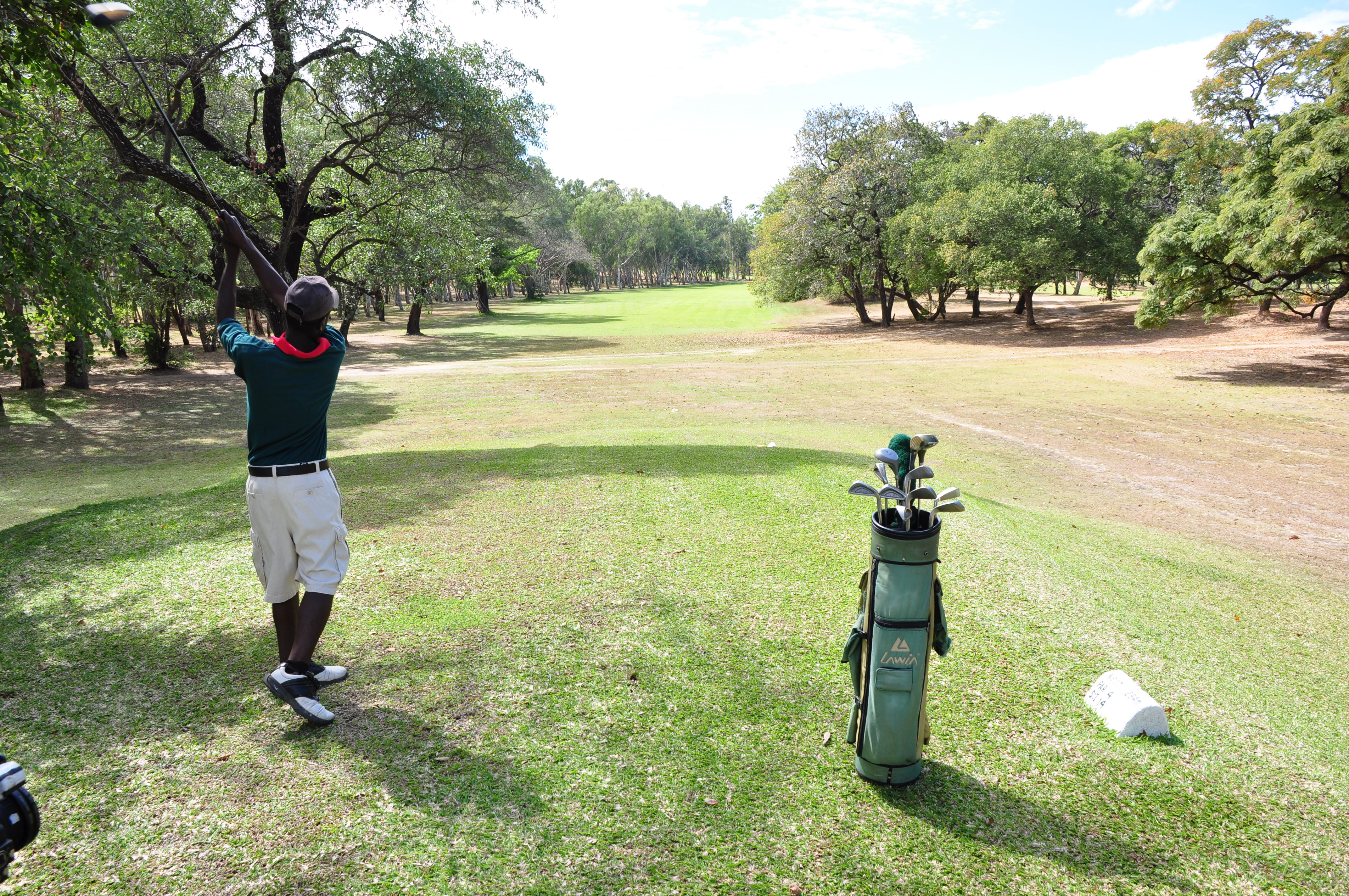 Ngala-Beach-Malawi-golf