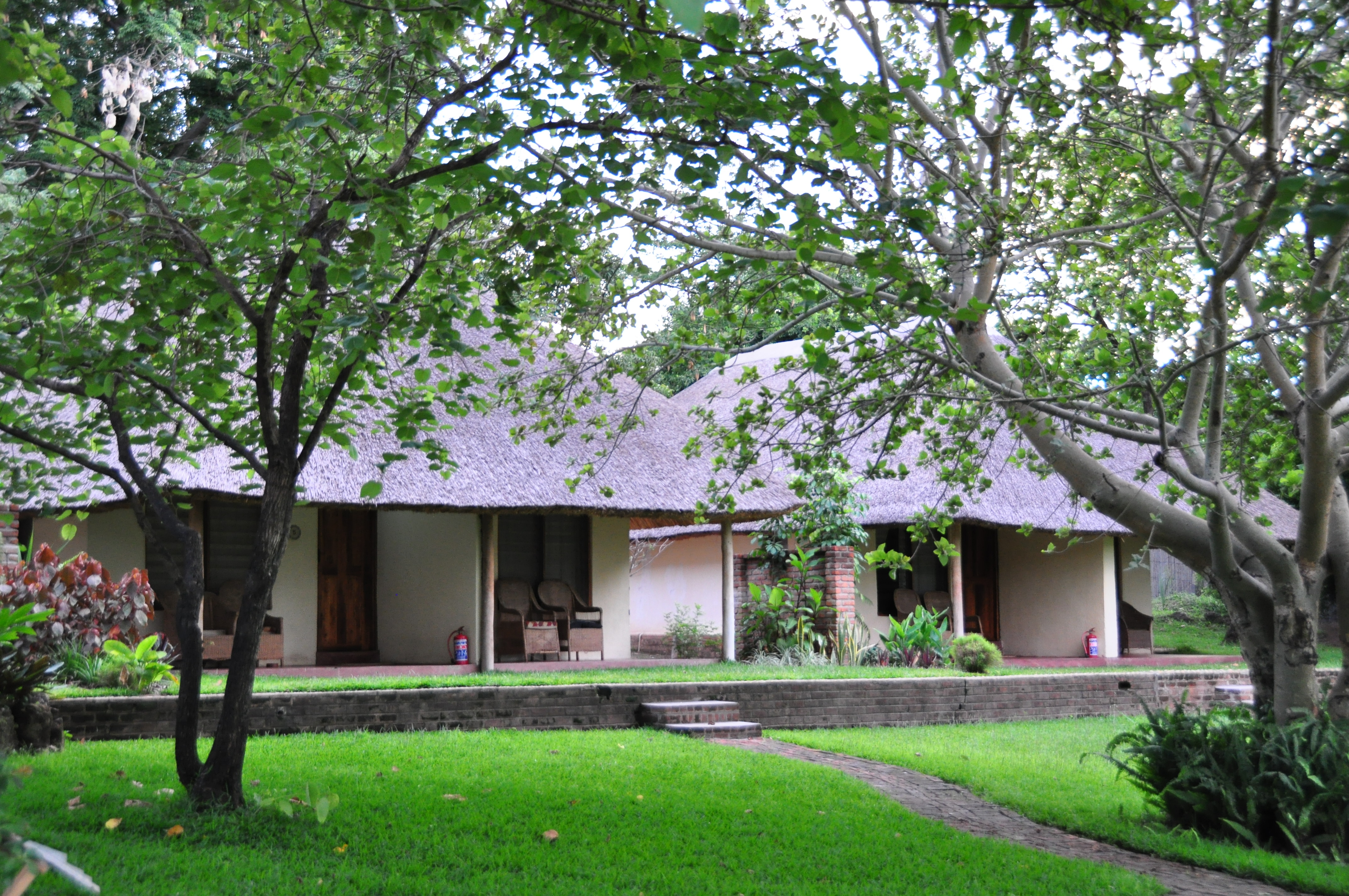 Ngala-Beach-Malawi-graden-rooms